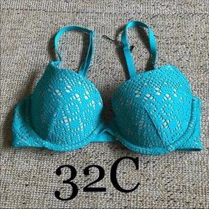 New Victoria's Secret lined Demi bra 32C